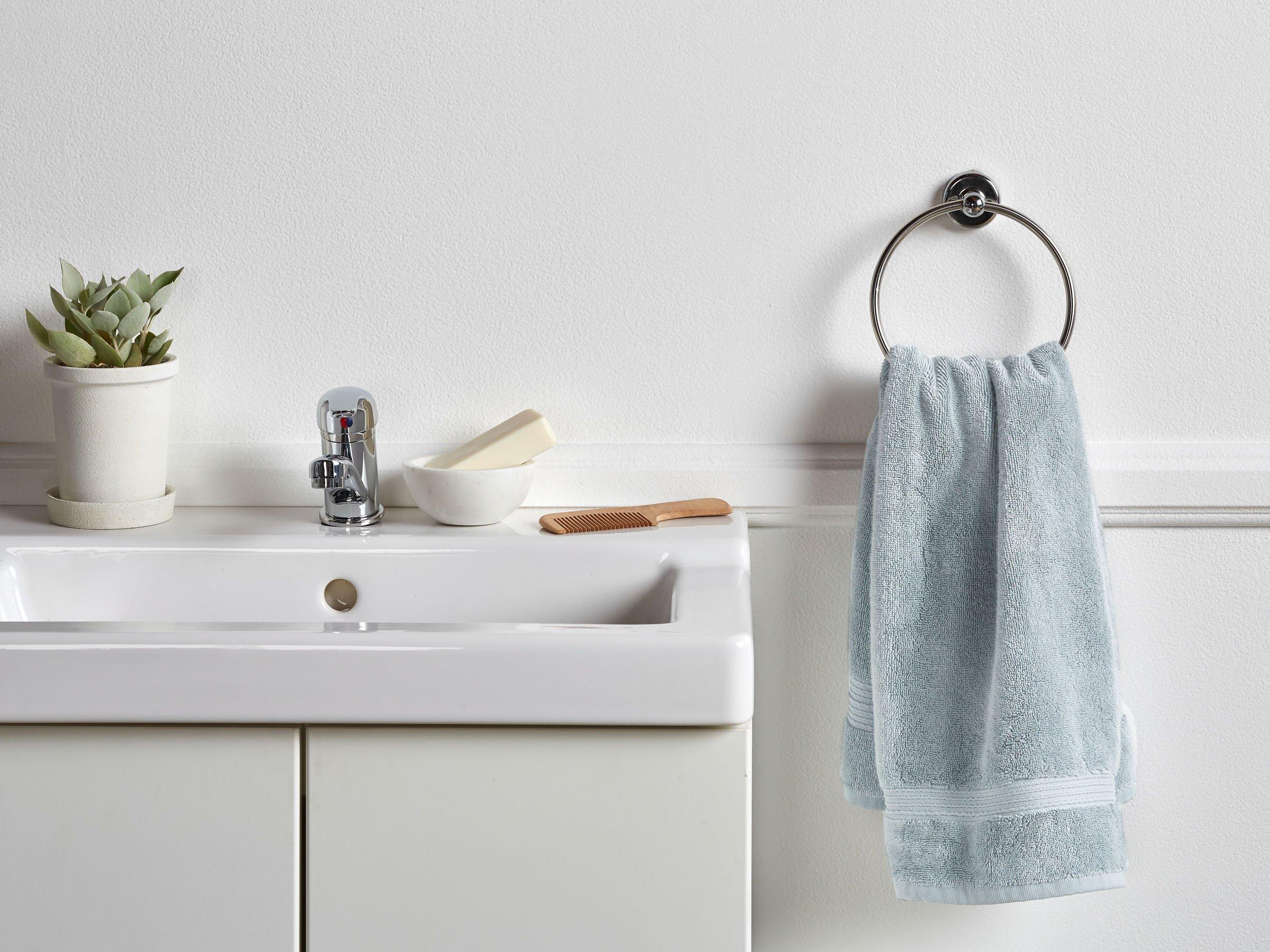 classic-hand-towel-cotton-shore-000-1_2880x